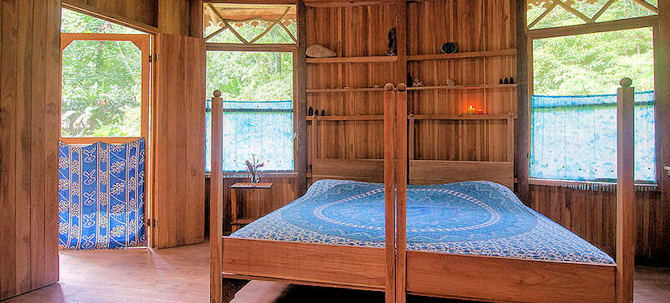Rainforest Eco-Lodging